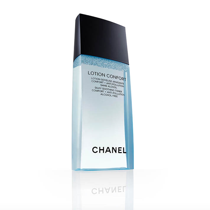 Chanel beauty product pack shot photography