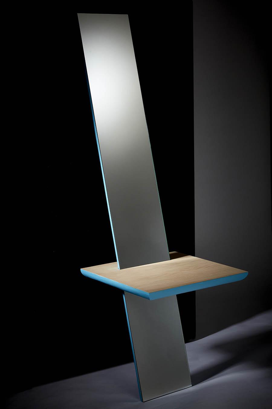 studio 19 mirror product photography gallery